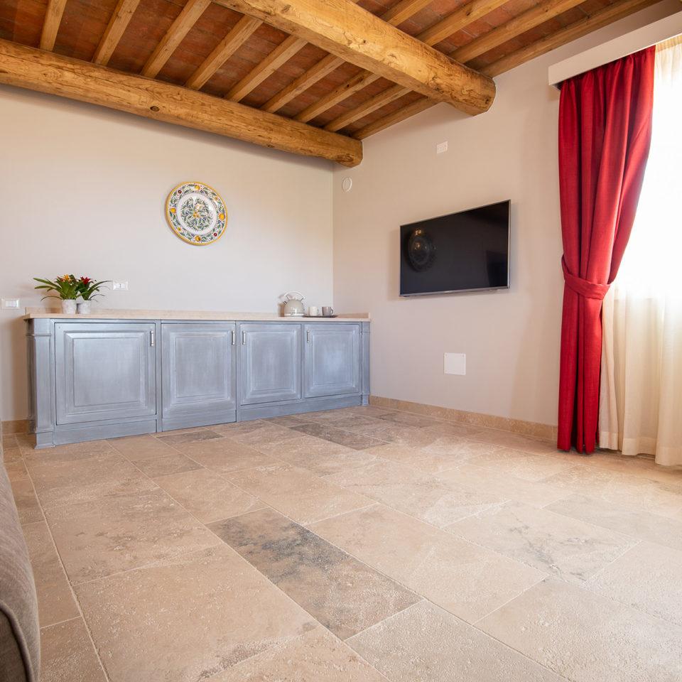 Suite mare relais dei molini - Soggiorno con divano ...
